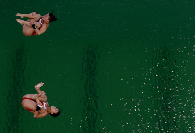 Water at Rio's Olympics Diving Pool Has Inexplicably Turned Green