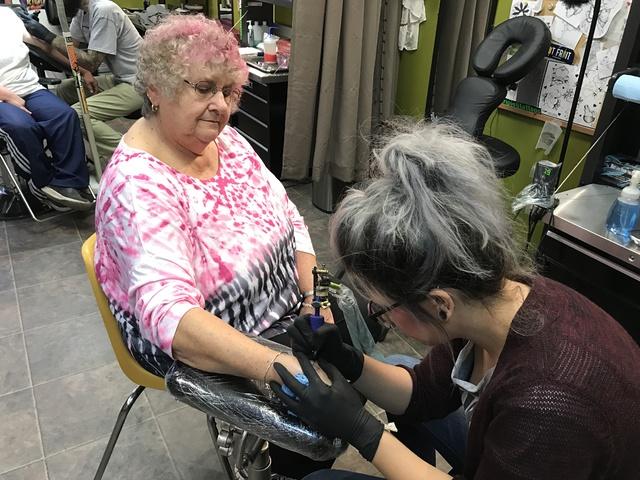 barre tattoo shops